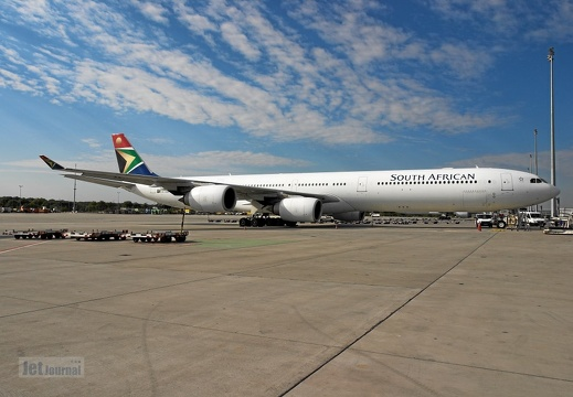 ZS-SNG A340-642 South African Airways
