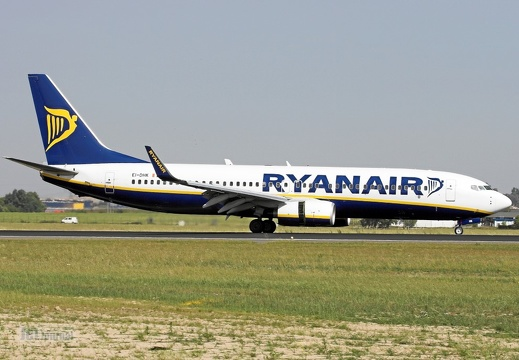 EI-DHK B737-8AS Ryanair SXF