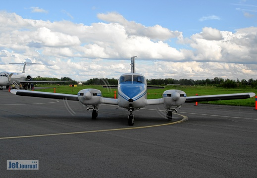 SE-KRL Piper Pa-23-250 Aztec support aircraft Team Vampire