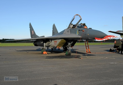 77 MiG-29 1.elt Polish Air Force