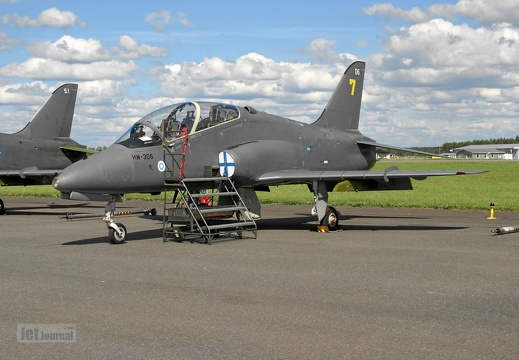 HW-306 Hawk Mk51 Ilmavoimat, Midnight Hawks yellow 7 spare aircraft