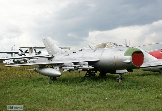MiG-19PM, 11 rot