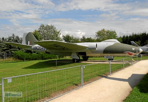 XM264 English Electric Canberra B1 Mk8