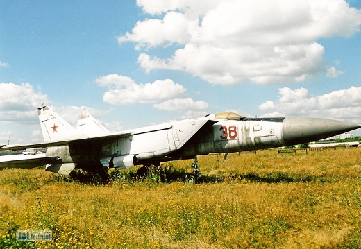 MiG-25PDS,  38 rot