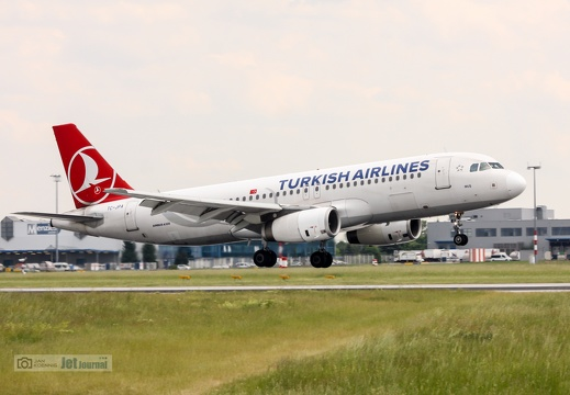TC-JPA, Airbus A320-232, Turkish Airlines