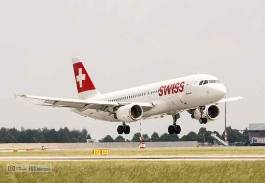 HB-IJI, Airbus A320-214, Swiss