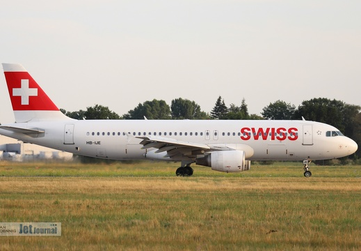 HB-IJE, Airbus A320-214, Swiss