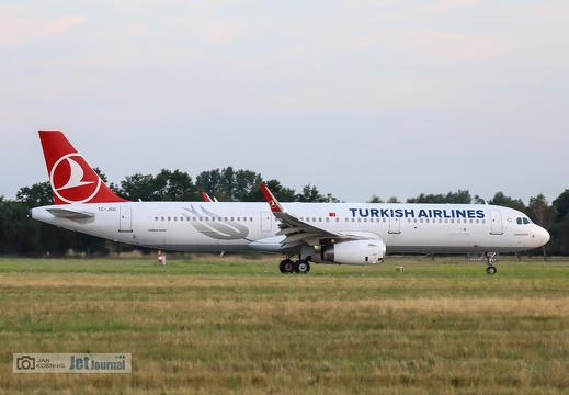 TC-JSO, Airbus A321-214, Turkish Airlines