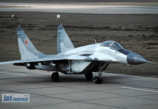 39 weiss, MiG-29