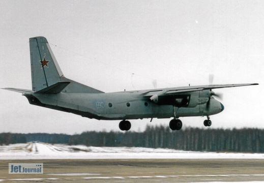 04 blau, An-26, Russian Air Force