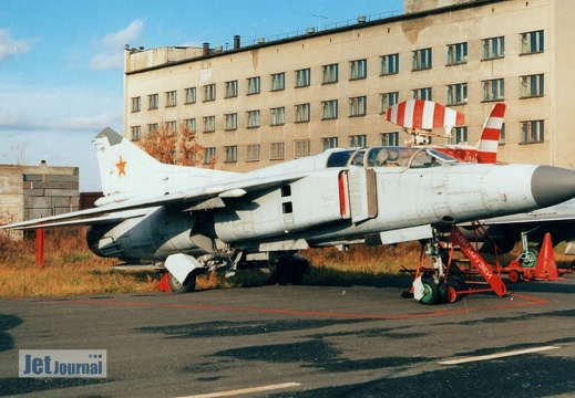 MiG-23UB (11 rot), Soviet Air Force