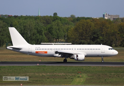 YL-LCU, Airbus A320-214, easyJet